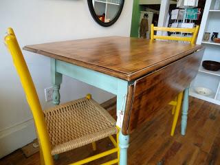 Drop-Leaf Table 2